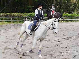 hirasawa_riding